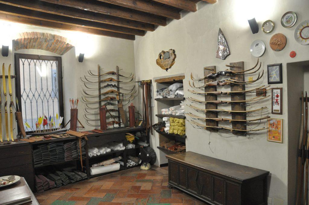 Donadoni Archery shop